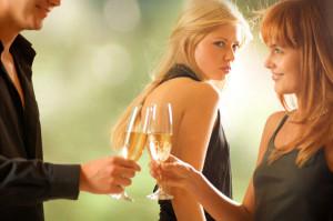 Для чего нужна слежка за мужем или женой?